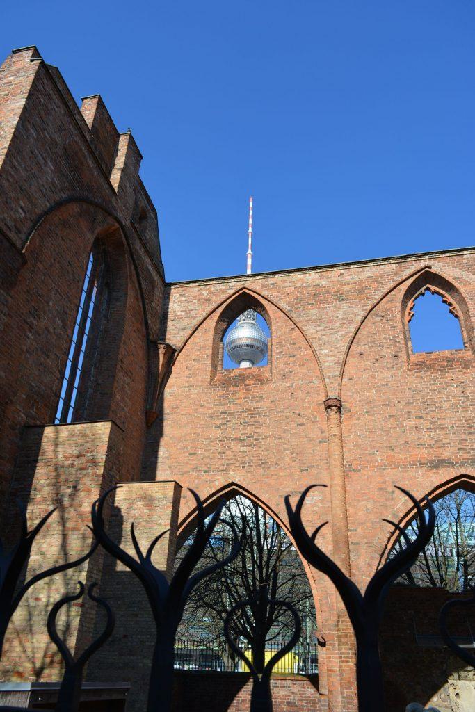berlin walking tour tiergarten brandenburg gate alexanderplatz